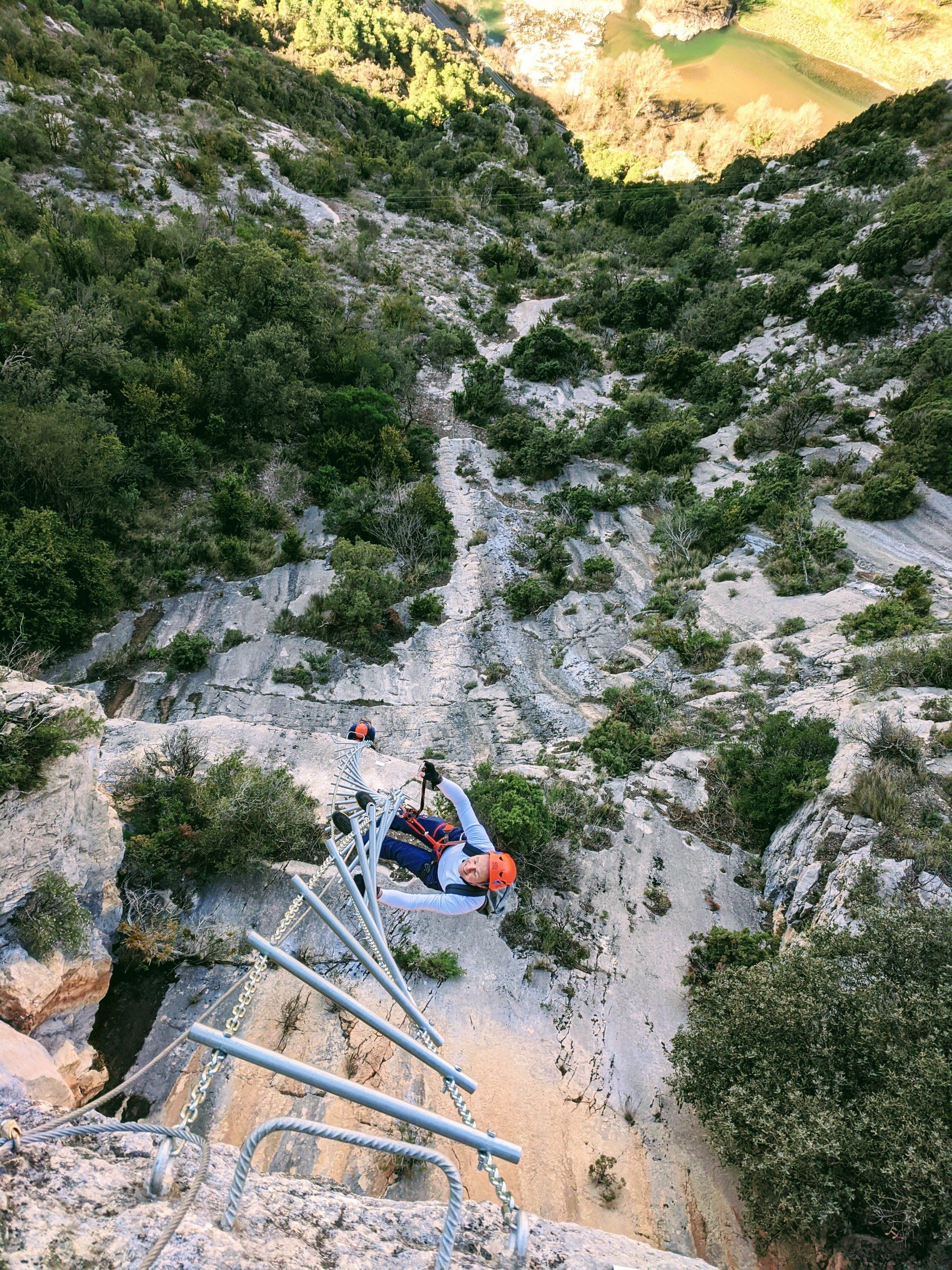 Via ferrada Roca Narieda